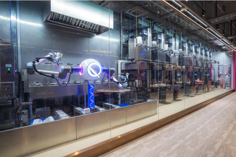 สุดไฮเทค! ร้านอาหารไร้พนักงาน จีนขอเอาบ้าง ใช้หุ่นยนต์ทั้งปรุงและเสิร์ฟเองทั้งหมด gadgetมาใหม่ อัพเดทโลกไซเบอร์ หุ่นยนต์เสิร์ฟอาหาร
