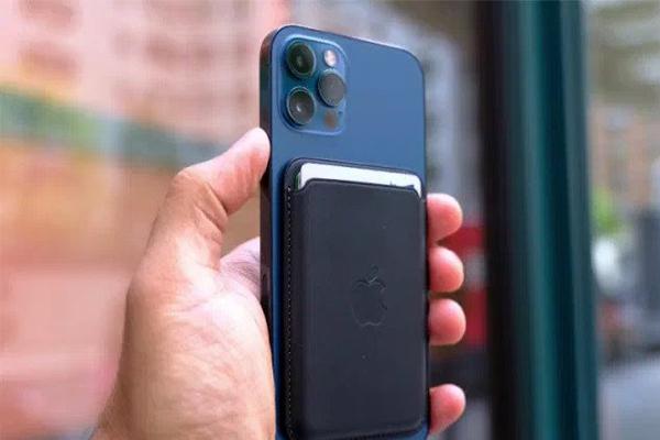 เปิดตัว Magsafe Battery Pack แบตสำรองสำหรับ iPhone 12 จาก Apple gadgetมาใหม่ อัพเดทโลกไซเบอร์ Apple MagsafeBatteryPack