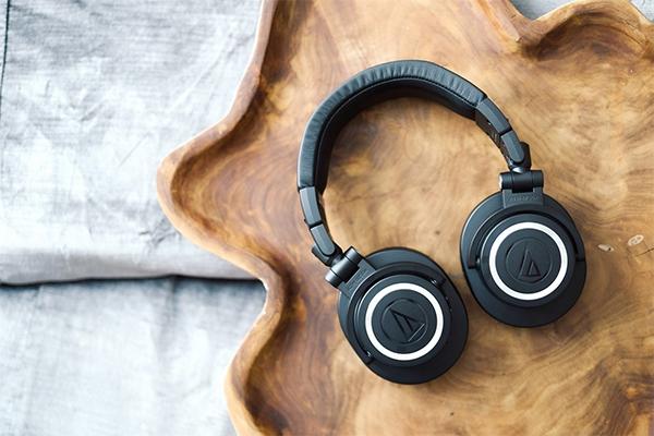 เปิดตัวหูฟังไร้สายแบบครอบหูอย่าง Audio Technica ATH-50xBT2 ในราคา 7,690 บาท gadgetมาใหม่ อัพเดทโลกไซเบอร์ แนะนำหูฟังไร้สาย AudioTechnicaATH50xBT2