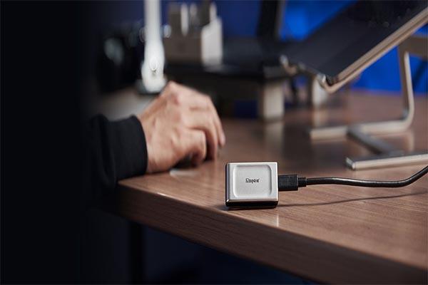 เปิดตัวแฟลชไดร์ฟขนาดพกพาอย่าง Kingston XS2000 SSD และ DataTraveler Max gadgetมาใหม่ อัพเดทโลกไซเบอร์ Kingston XS2000SSD DataTravelerMax